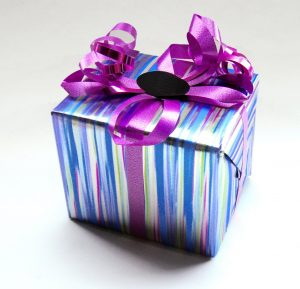 Flot gave med bånd